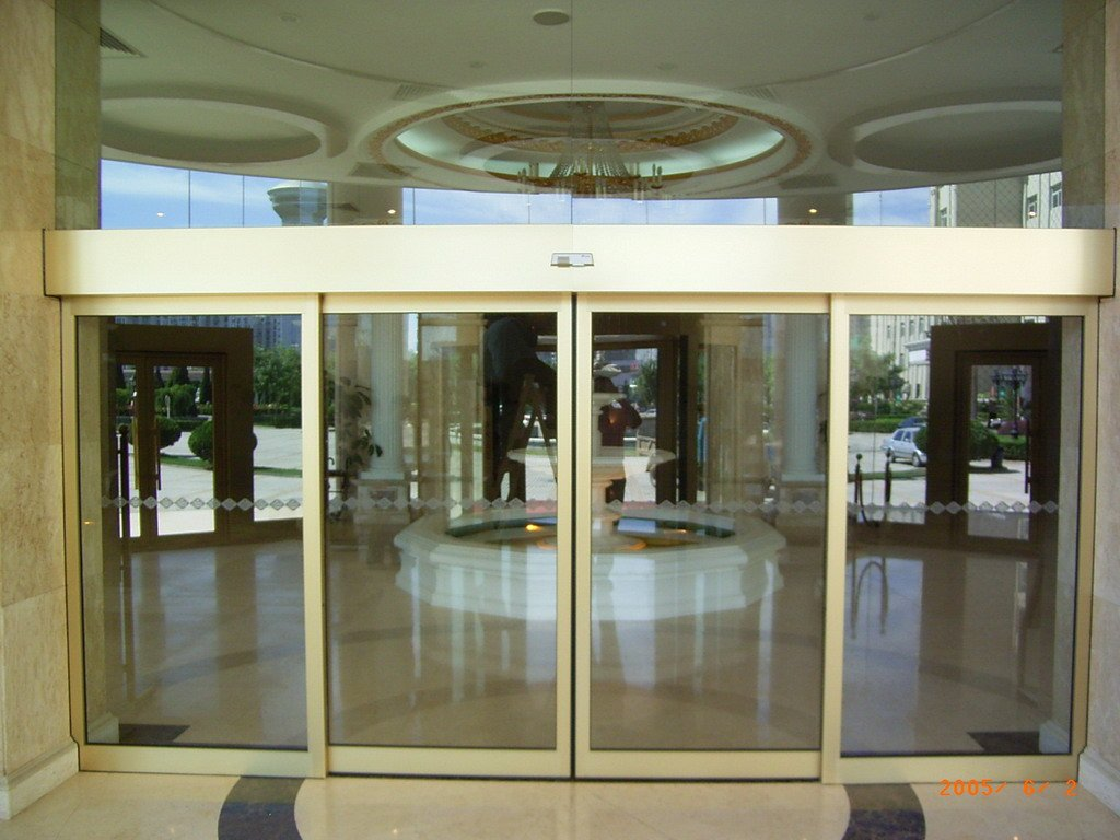 Sliding automatic doors skyways shopfronts ltd